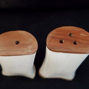 Hand Crafted Dining - Hand Carved Bone, Giraffe, Salt & Pepper. NEW.